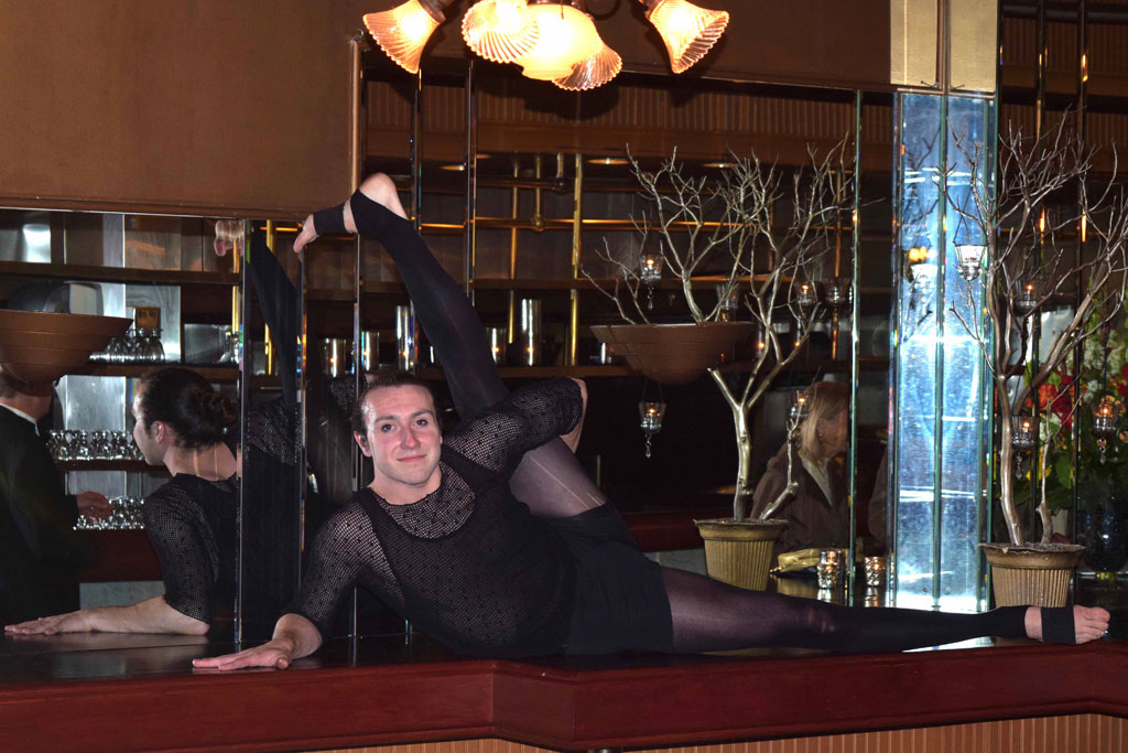 Bendy Peter Topping the contortionist